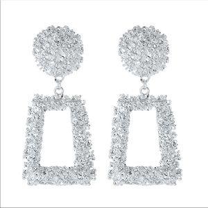 Jewelry - Silver tone Fashion Earrings
